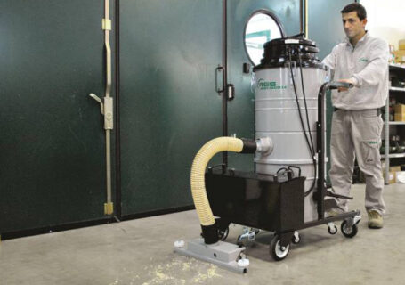 BATTERY-POWERED INDUSTRIAL VACUUM CLEANER ONE63ECO24